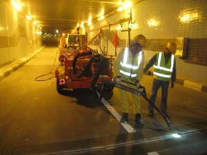 Crack sealing application with Marathon kettle KERA145HD at underpass